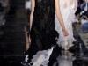 длинное черное вечернее платье от John Galliano