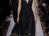 длинное черное вечернее платье от Yves Saint Laurent