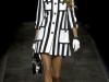 Платье в черно белую полоску от Moschino