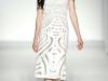 Кружевное белое платье 2012 Alberta Ferretti