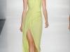 Зеленое длинное летнее платье 2012 на одно плечо от J. Mendel