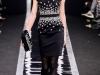 Черно-белое платье в деловом стиле от Maxime Simoens