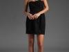 Короткое черное платье тюльпан