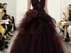 Темно-красное вечернее платье на выпускной 2013 от Vera Wang