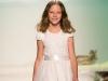 Белое платье на выпускной в детском саду