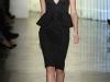 Черное платье с баской от Cushnie et Ochs