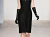С чем носить черное платье зимой, Marios Schwab