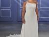 Свадебные платья на одно плечо для полных невест 2012