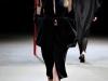 Необычные вязаные платья 2012-2013 фото Yohji Yamamoto