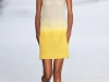 Короткое желтое с белым платье Akris Весна-Лето 2013