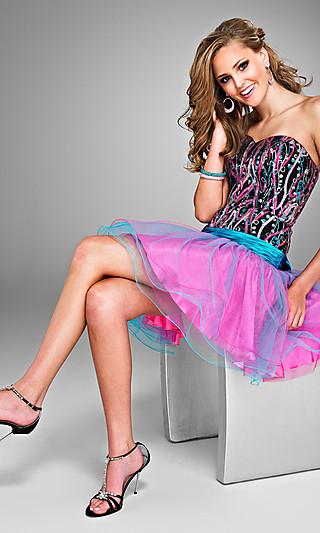 Короткие выпускные платья 2011 фото