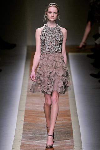 Трикотажные платья Valentino