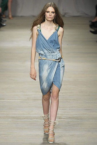 Джинсовые платья 2011 Iceberg