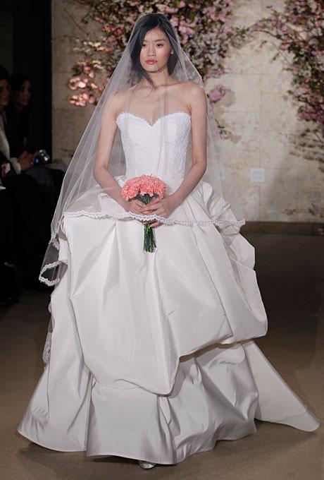 Свадебное платье Oscar de la Renta Весна-Лето 2012