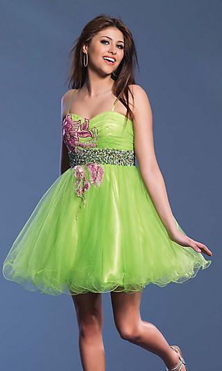 Зеленое платье на выпускной 2012