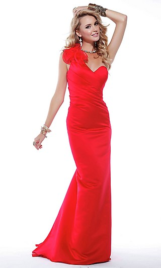 Красное выпускное платье 2012 года