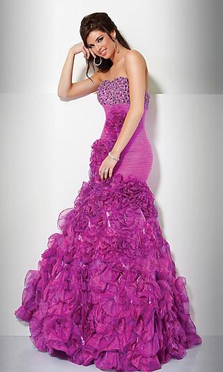Платье в стиле русалка