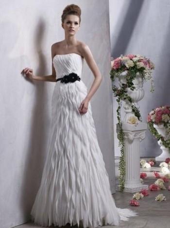 Модные свадебные платья 2012 года