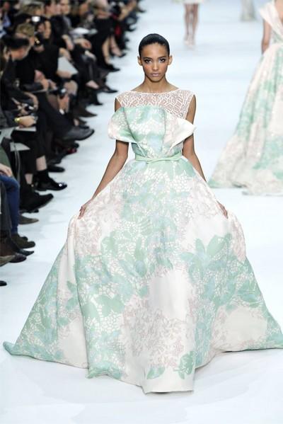 Белое с зеленым свадебное платье от Эли Сааб (Elie Saab)