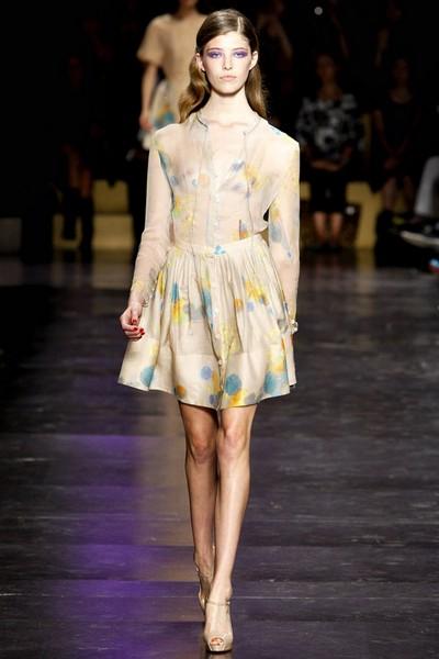 Платья делового стиля 2012 Cacharel