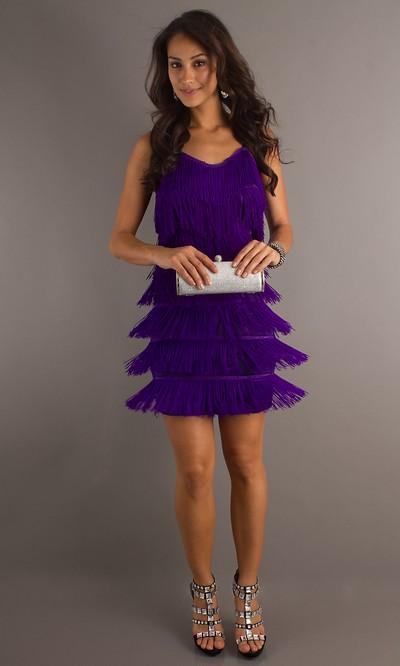 Короткое платье на 8 марта