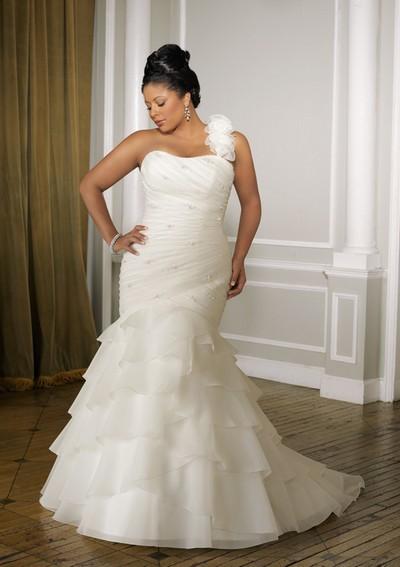 Свадебное платье 2012 для полных фото