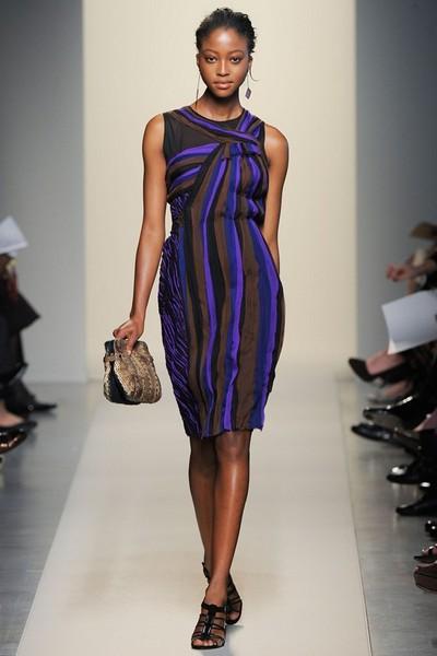 Платье-баллон в полоску 2012 от Bottega Veneta