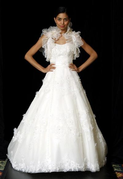 Свадебные платья с декорированными бретелями от Anais Collezioni