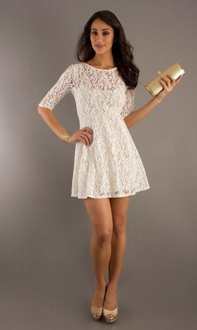 Кружевное мини-платье летнее