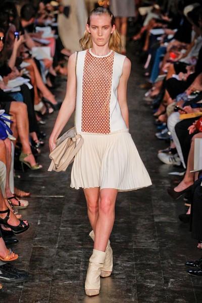 Модное платье для тенниса от Victoria Beckham, 2012
