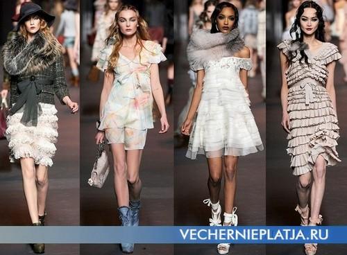 Платье короткое из шифона с воланами, коллекция Осень-Зима 2011-2012 Christian Dior