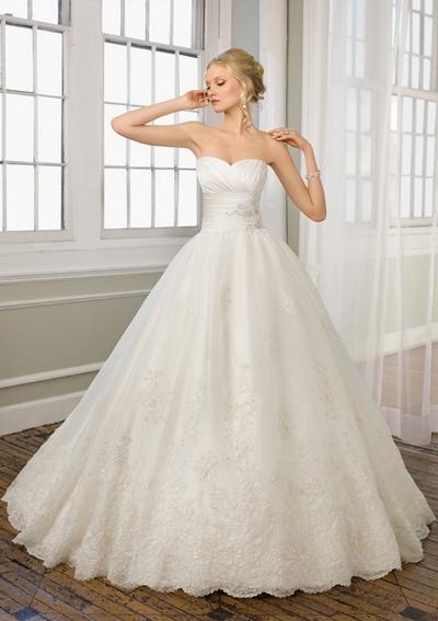 Свадебные платья с корсетом принцесса