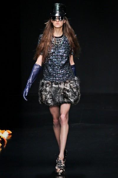 Платья с мехом на осень 2012, Roberto Cavalli