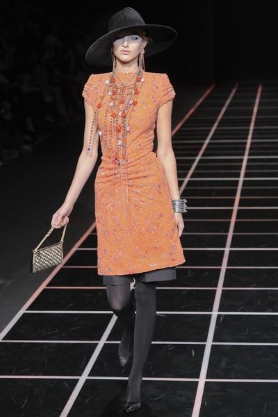 Модные платья с шортами от Армани