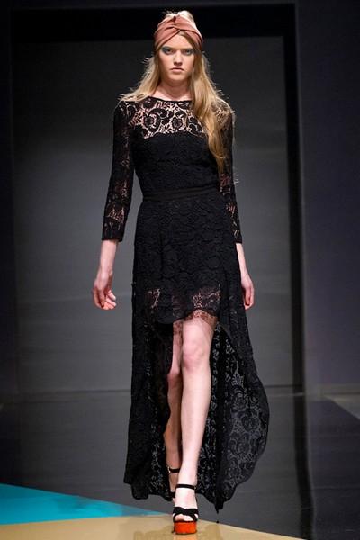 Черное кружевное платье из коллекции LUBLU Kira Plastinina Осень-Зима 2012-2013