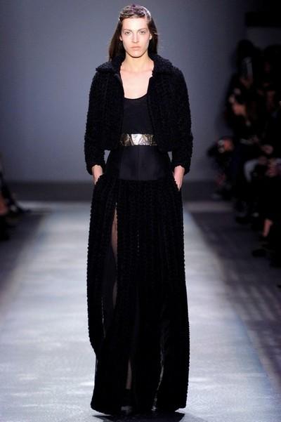 Длинное вечернее вязаное платье Giambattista Valli