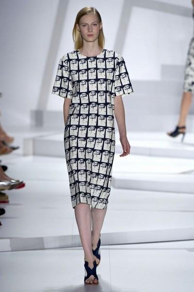 Модные черно-белые платья 2013 от Lacoste фото