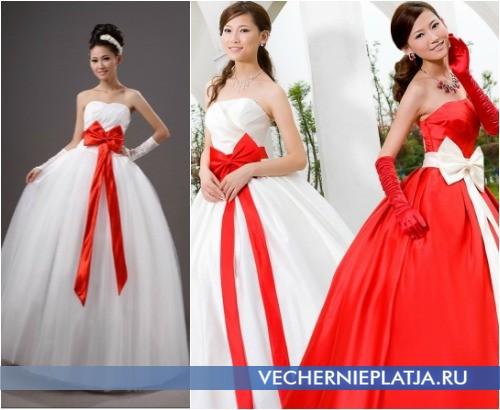 Свадебное платье с красным бантом фото