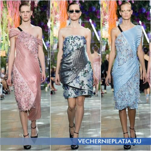 Аппликации из бисера на платьях Christian Dior