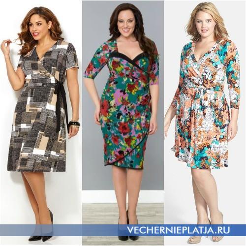 Трикотажные платья на полных женщин с запахом и принтом