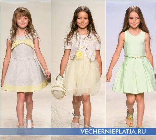 Банты и цветы как декор нарядного платья для девочки, коллекция Miss Blumarine