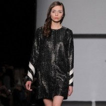 Блестящие платья для создания сверкающего образа