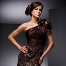 Платье с бантом – изысканный образ в модном тренде