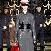 Платье в стиле милитари: сезон Осень-Зима 2011-2012