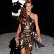 Вечерние платья с открытыми плечами для смелых и женственных девушек