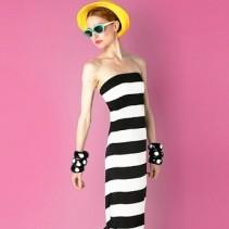 Платья в морском стиле – обязательный тренд сезона весна-лето 2012