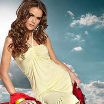 Самые модные пляжные платья и туники 2011 года