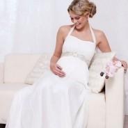 Свадебные платья для беременных – пленительное очарование будущих мам