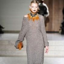 Модные вязаные платья 2011-2012