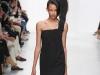 Длинное черное асимметричное платье Chalayan